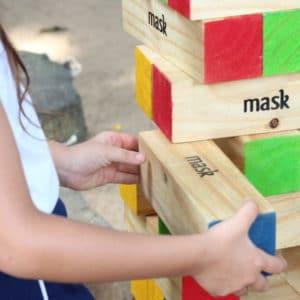 Brincadeiras tradicionais para uma infância brincante.